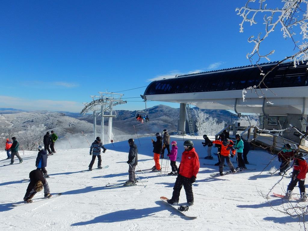 Skiing Sugar Mountain Resort